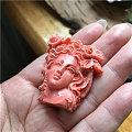 收到一枚珊瑚美人!